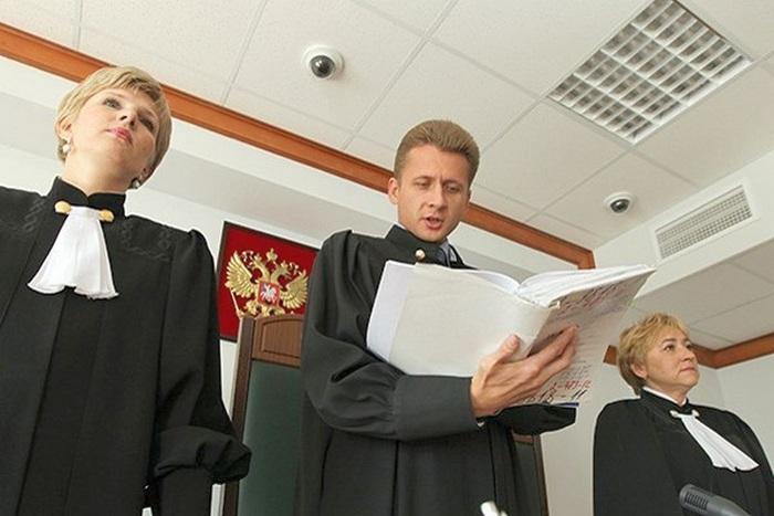 Срок рассмотрения административного дела судом составляет