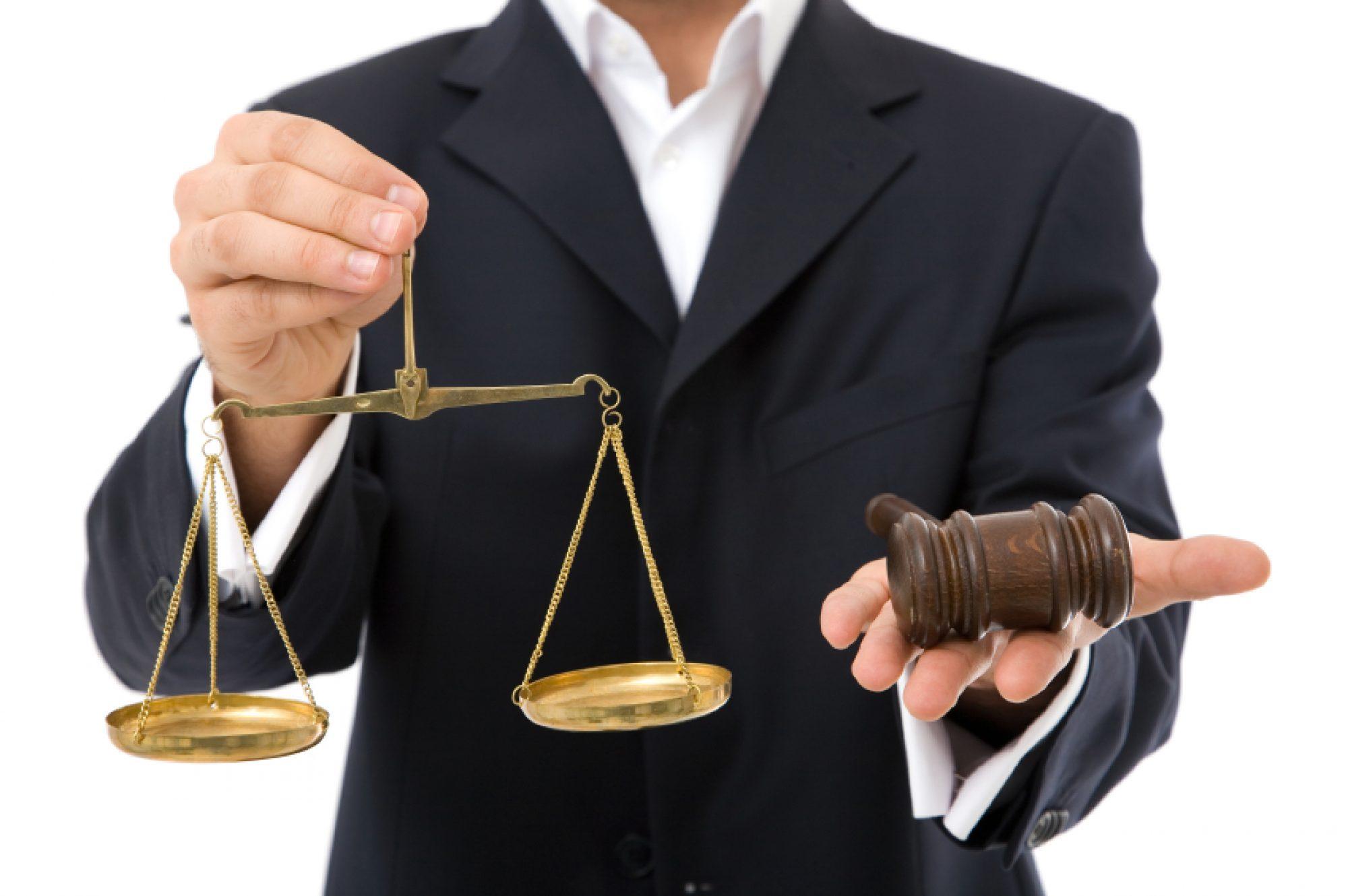 Пользование услугами адвоката