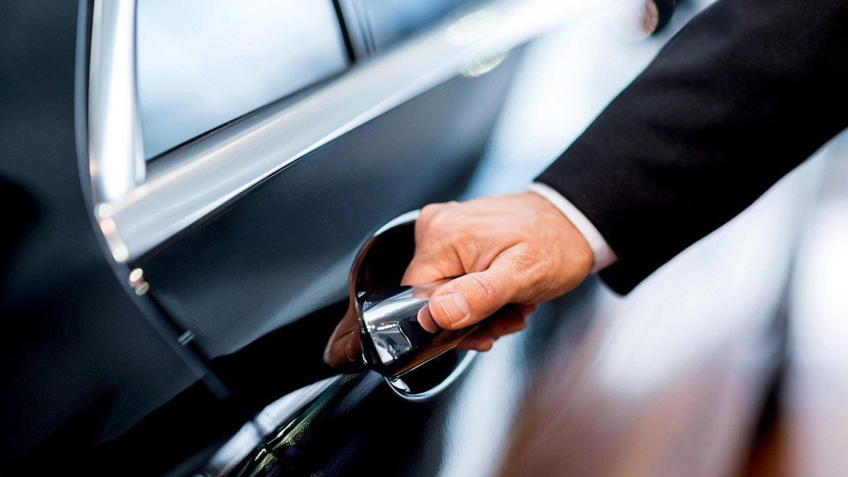 Штраф за непостановку автомобиля на учет и езду на автомобиле без регистрации