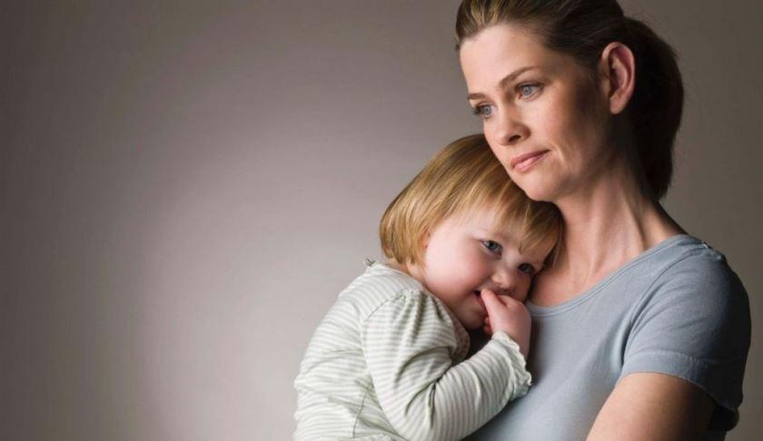 Алименты на содержание матери до достижения