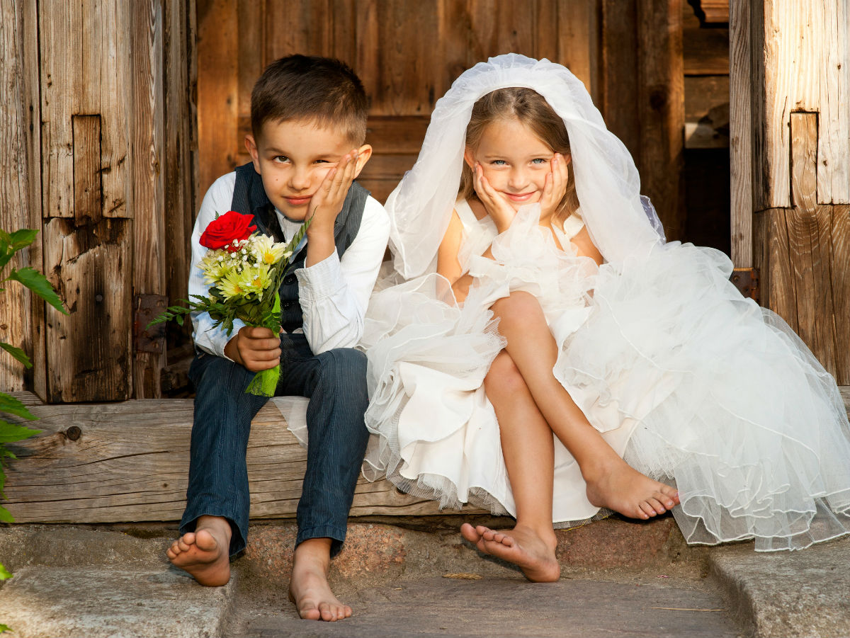со скольки дет женится