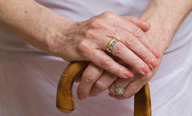 Переход со своей пенсии на пенсию мужа после его смерти