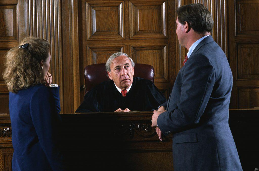 Как вести себя на суде подсудимому