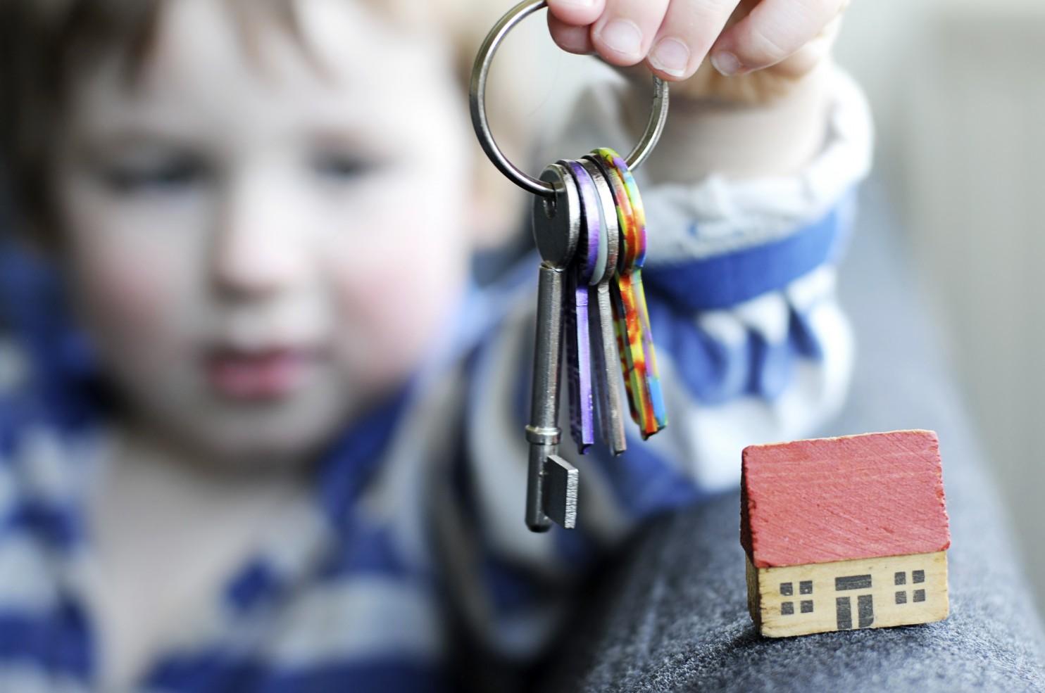Очень важно знать как оформить квартиру на несовершеннолетнего ребенка