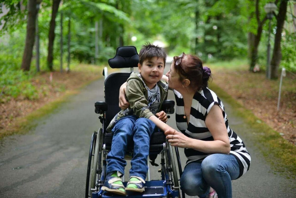 Как оформить патронаж над инвалидом 1 группы