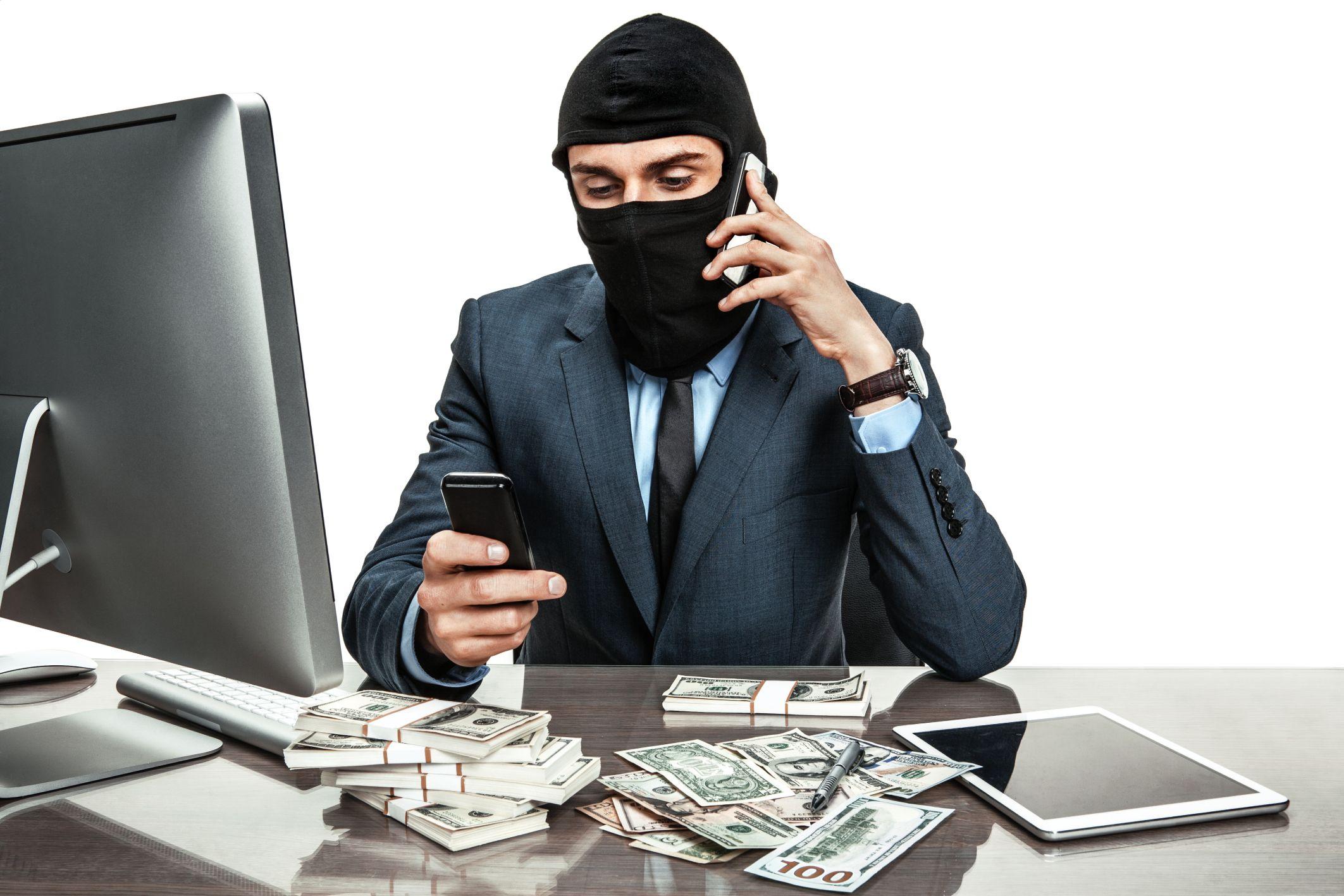 Статья 163 УК РФ: вымогательство денег
