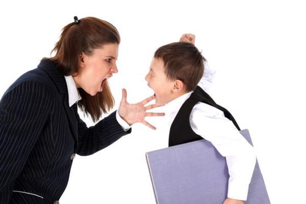 Жалоба на учителя школы: куда жаловаться, образец заявления директору и в выше стоящие органы